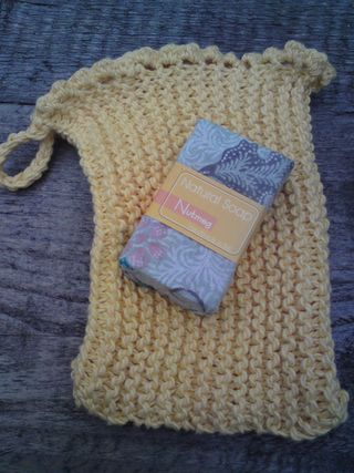 Yellow wash mitt