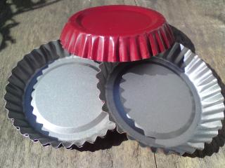 Red tins