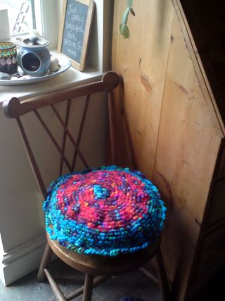 Crochet cushion_edited